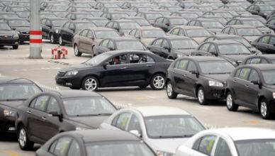 rossiyane-pokupayut-menshe-avtomobilej